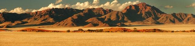 Namibian scene south of Sossus Vlei