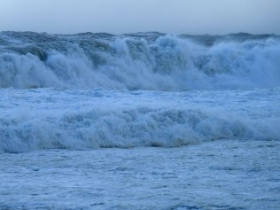Huge waves at Sea Point